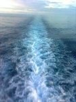 Air laut di bawah KapaL