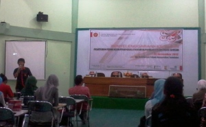 Pak Dahlan selaku PD3 FMIPA menjadi pemateri pertama dalam kegiatan tersebut