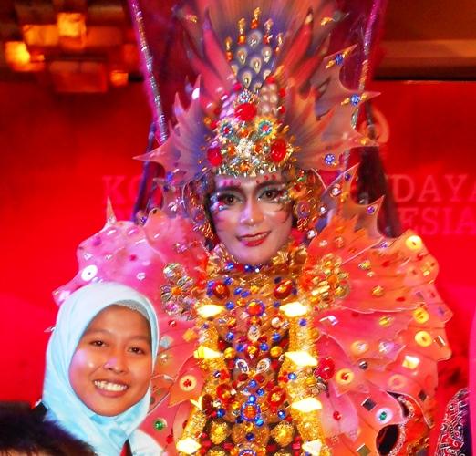Gak kebayang bisa ngeliat satu model dari Jember Carnival Festival