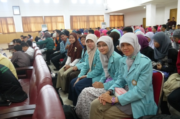 Seminar tentang MDG's 2015