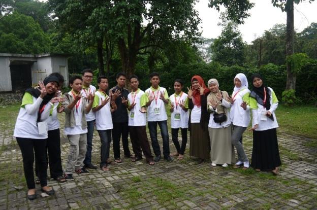Kami Kelompok 8 ;-) :-)