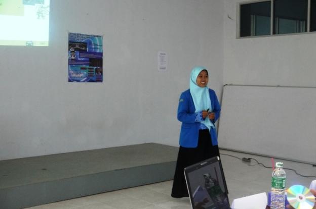 Saat presentase YORECO, 16 november 2012