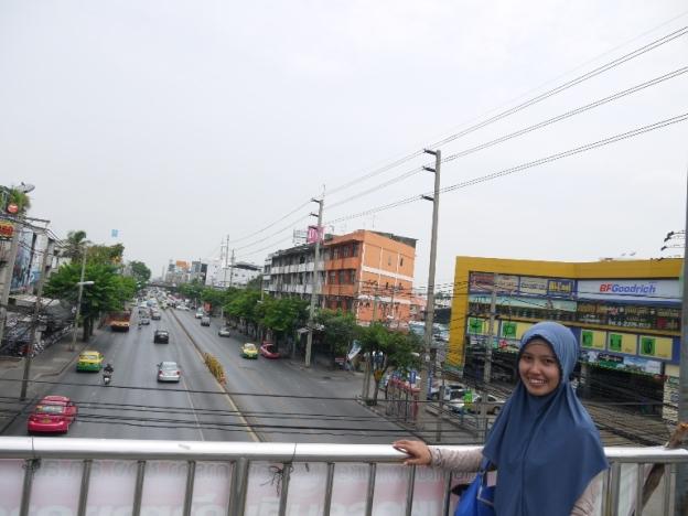 ATas jembatan